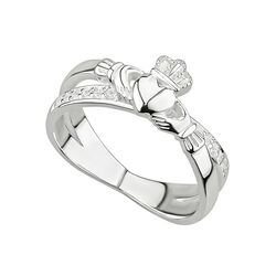 Solvar  S/S Crystal Claddagh Crossover Ring