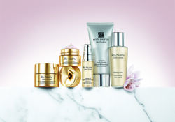 Estee Lauder Re-Nutriv Ultimate Lift Regenerating  Youth Precious Collection