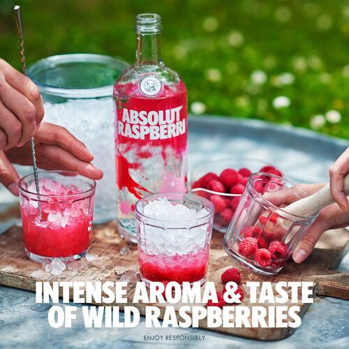 Absolut Vodka Sweden Raspberri  0.7ltr Raspberri 70cl Bottle