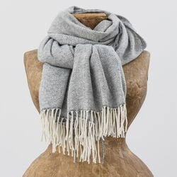 Avoca Cashmere Wool Blend Sandymount Scarf in White & Grey