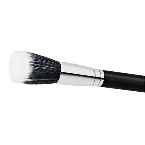 MAC 187S Duo Fibre Face Brush