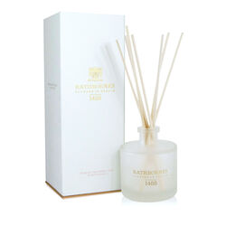 Rathborne  Dublin Tea Rose,Oud and Patchouli Reed Diffuser 200ml Lasts for up to 16 weeks