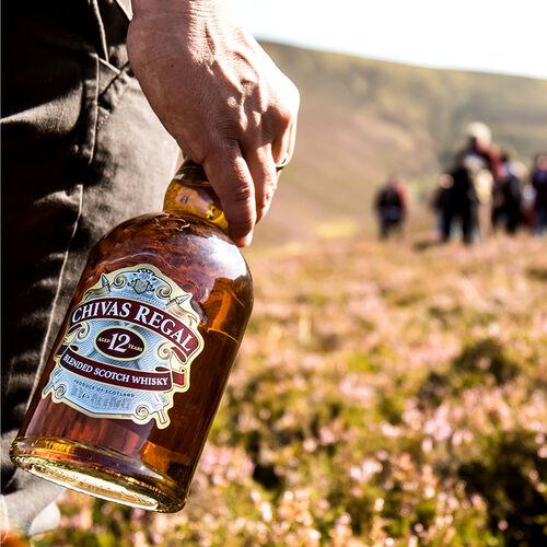 Chivas Scotch Whisky Scotland 12 Year Old Blended 1L Scotland 12 Yo Blended 1L Bottle