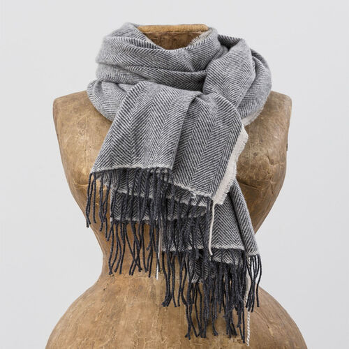 Avoca Cashmere Wool Blend Sandymount Scarf in Grey & Cream